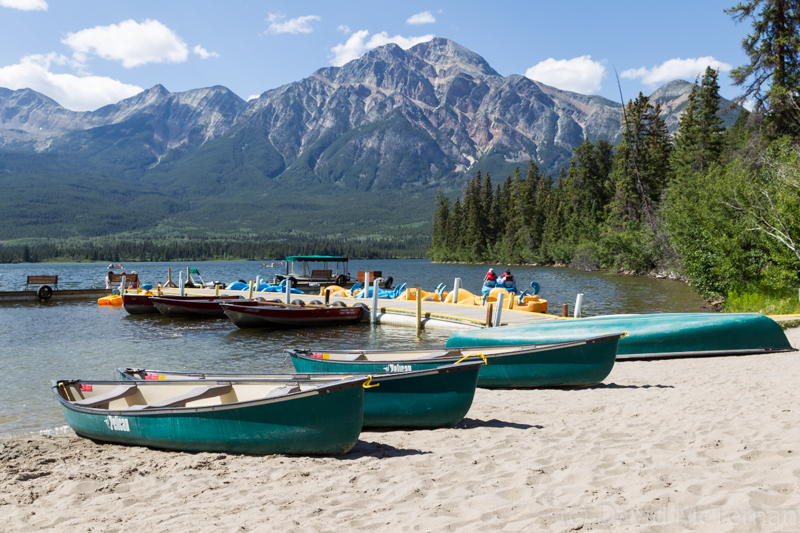 Canoes, Pyramid Lake